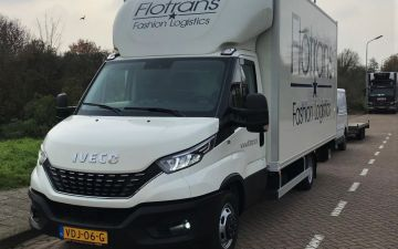 Flotrans Fashion Logistics - Iveco Daily 40C18a8 + citybox