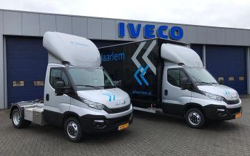 JP Haarlem - 2 x Iveco Daily 40C15 trekker  / 35C14 + Citybox