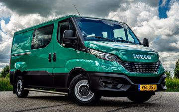 Landschap Noord Holland - Iveco Daily 35s14a8 dub cab.